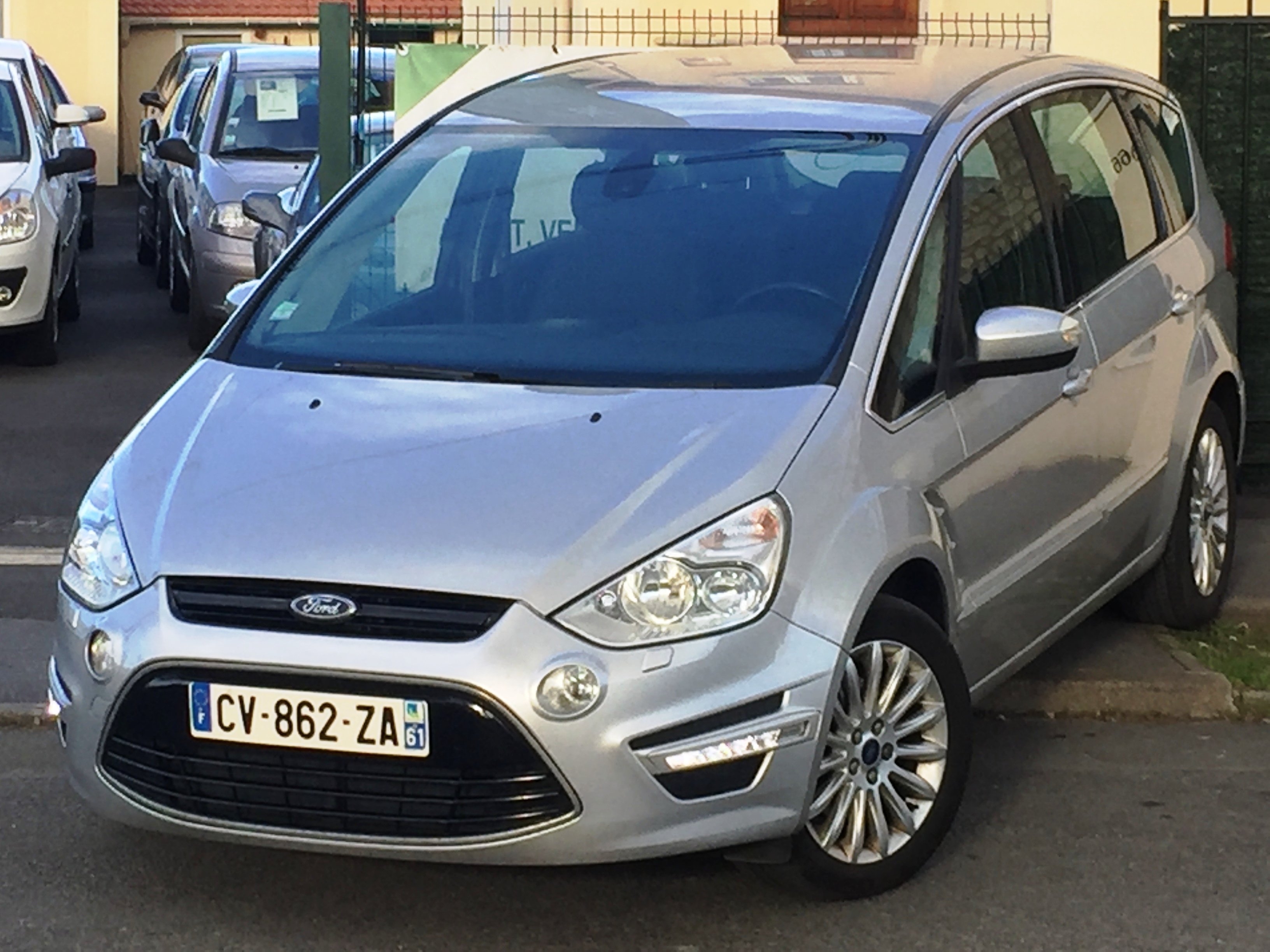 voiture ford s max 2 0 tdci 163 fap sport platinium 5 pl powershift a occasion 2013 107854. Black Bedroom Furniture Sets. Home Design Ideas