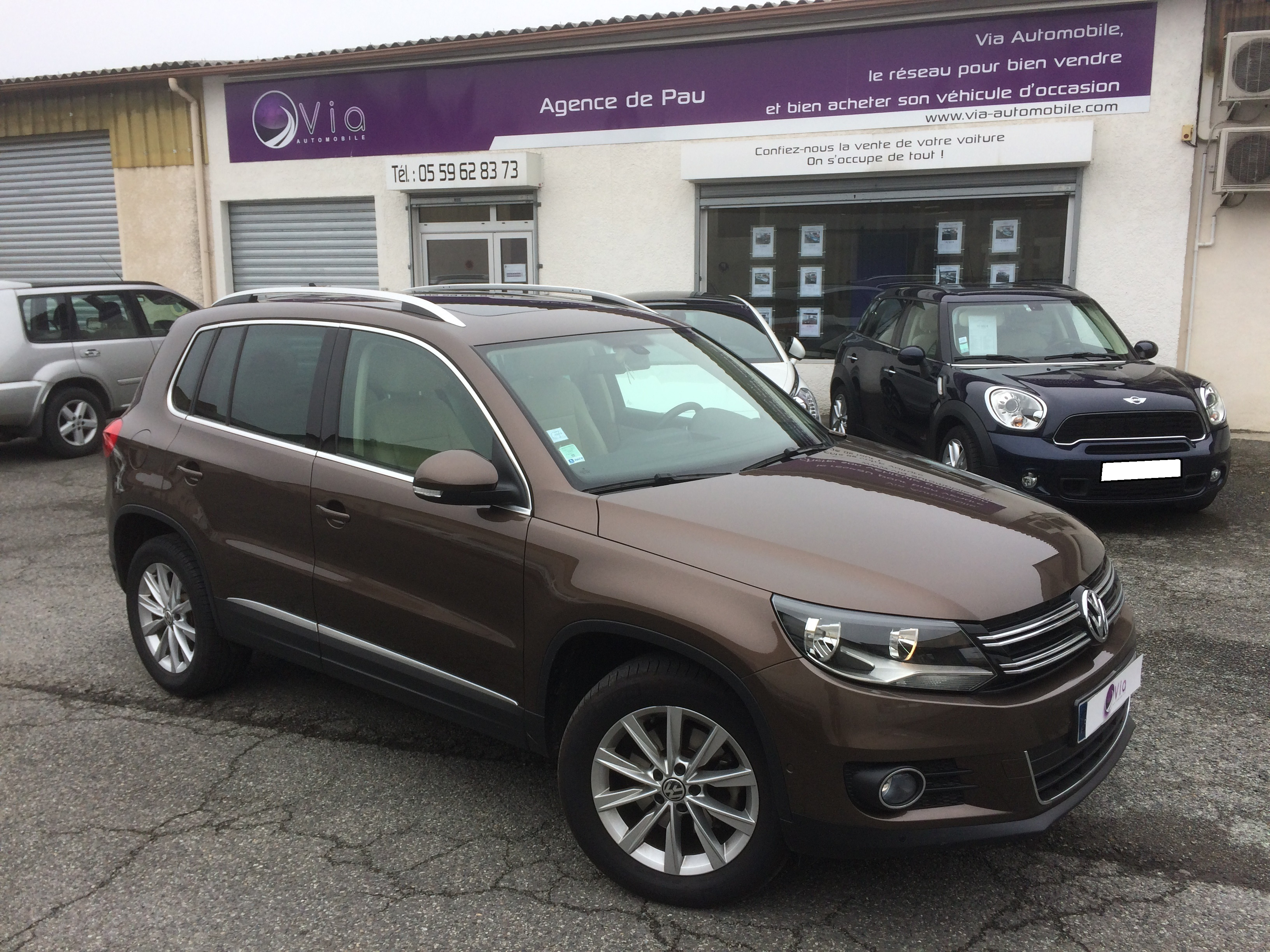 voiture volkswagen tiguan 2 0 tdi 140 fap bluemotion technology carat occasion 2012 48000 km. Black Bedroom Furniture Sets. Home Design Ideas