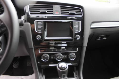 VOLKSWAGEN GOLF8