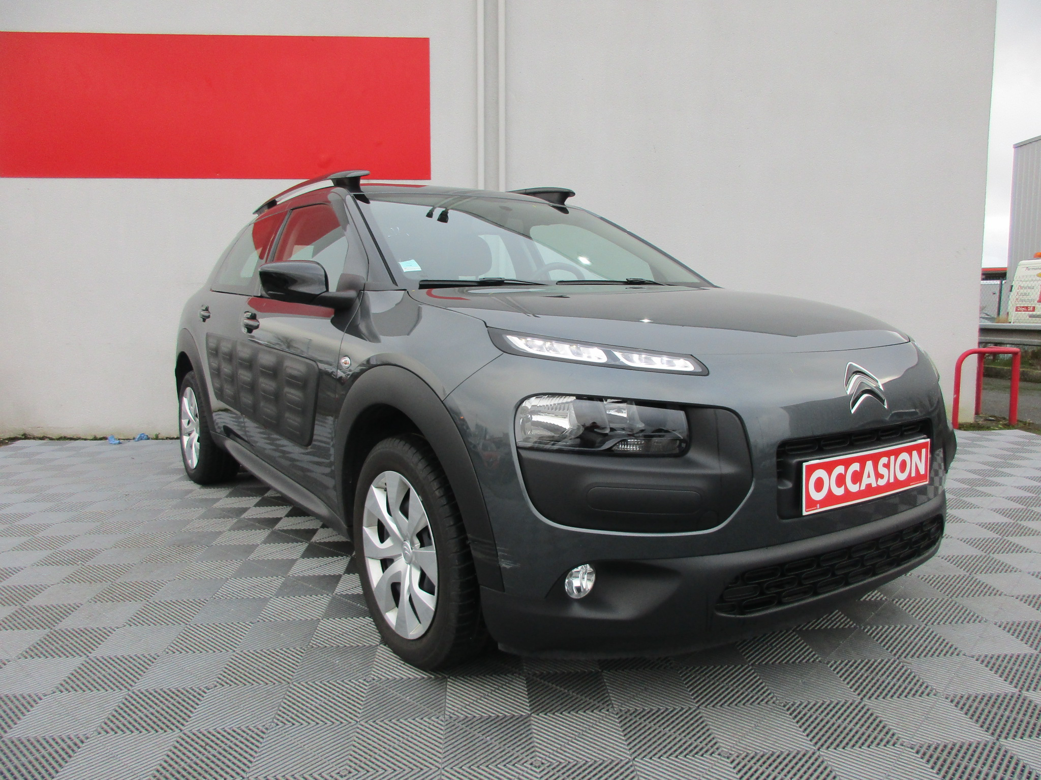 citroen c4 cactus de 2017 12700 chartres les grandes occasions. Black Bedroom Furniture Sets. Home Design Ideas